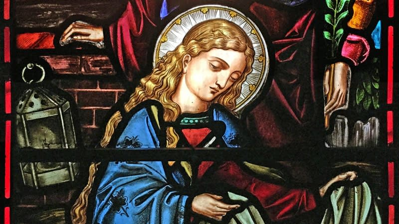 Stained glass window in St James depicting Mary, mother of Jesus